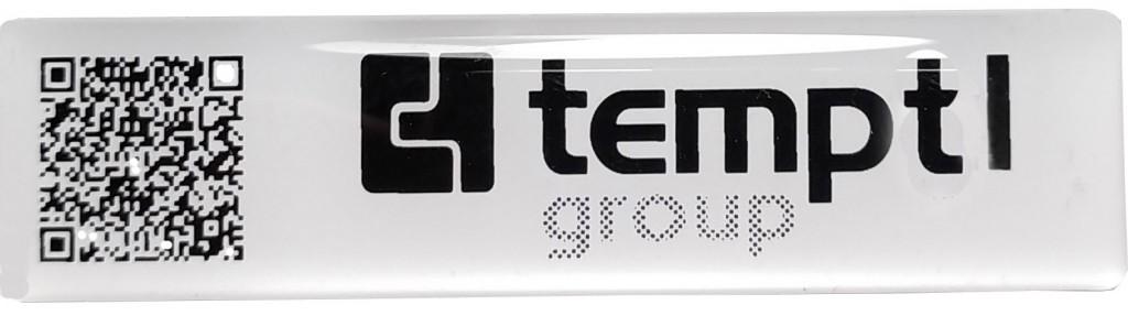 etiqueta de resina con tu logo y código QR